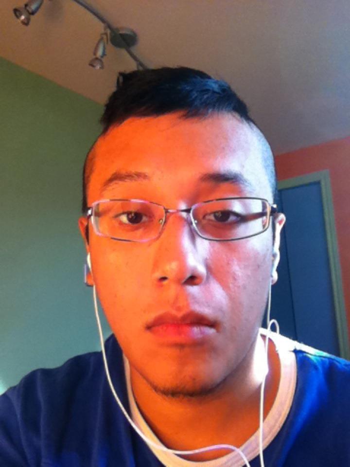 Josue5678, Chico de Montreal buscando una relación seria